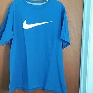 Nike Shirts & Tops - Boy's Nike T-shirt Size XL